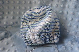 Ravelry  Basic Baby Hat pattern by Heather Tucker 5a35e99581d