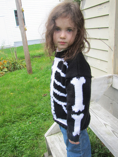Skeleton_sweater23_small2
