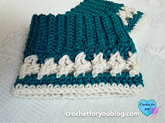 Crochet_crystal_love_boot_cuffs_4_small