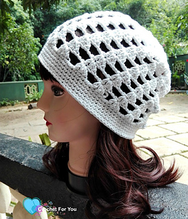 Ccrochet_easy_peasy_slouch_beanie_small2