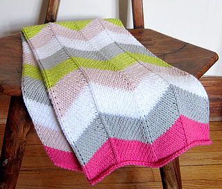 Ravelry: Chevron Baby Blanket pattern by Espace Tricot : chevron baby quilt - Adamdwight.com