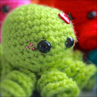 Mini Amigurumi Octopus : Ravelry: Mini Amigurumi Octopus pattern by Sarah Hearn
