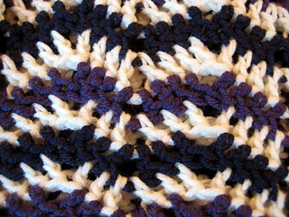 Chevron_3-season_sweater_076_small2