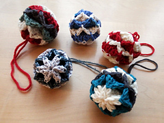 Origami_baubles_029_small
