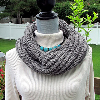 Jody_cowl_wrapped_small2