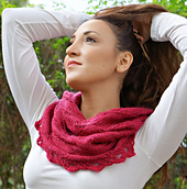 Shimmering_rubies_cowl__4__small_best_fit