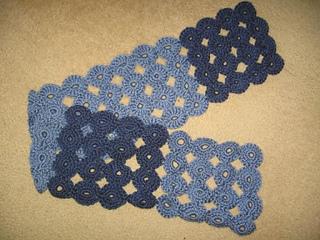 Yoyo_scarf_for_mom_-_1_small2
