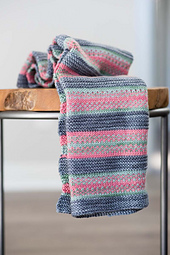 Fairy-footprints-knitted-baby-blanket-pattern_1170_small_best_fit