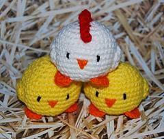 Chickyjugglingballs_small