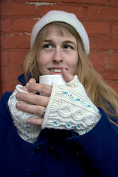 Stardust-mitts-close-up_small_best_fit