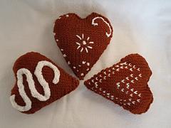 Stanascrittersetc_gingerbread_hearts_1_small