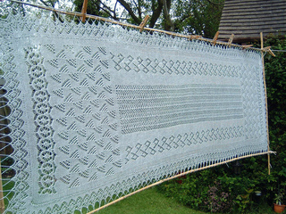 Shawl_blocking_2_small2