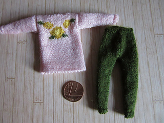 Floral_jumpers_6_small2