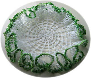 Ruffled_doily_3_small2