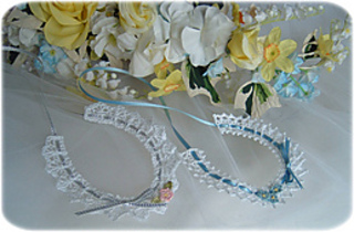 Bridal_horseshoes_small2