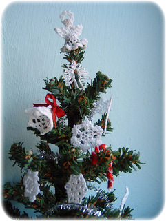 Christmas_tree_cr_small2