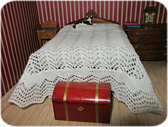 Lace_bedspread2_small