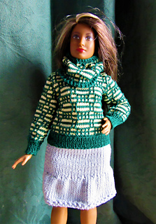 Green_spring_jumper_and_cowl_small2