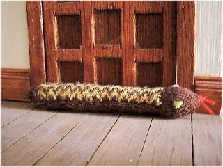 Snakedoorstopb1_small2
