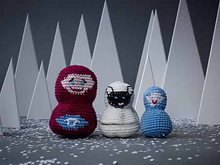 0624-once-upon-a-time-reed-nesting-dolls_small2