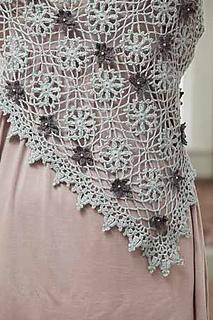 White_shawl_detail_small2