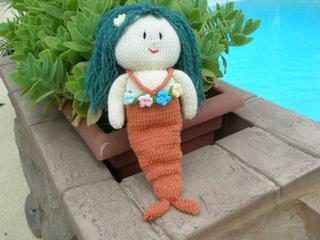 Merry_mermaid_small2