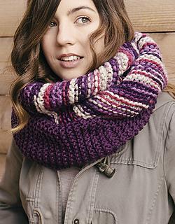 Pattern-knit-crochet-woman-cowl-autumn-winter-katia-5998-3-g_small2