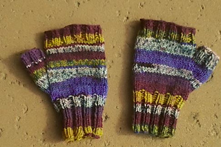 Fingerless_finished_small2