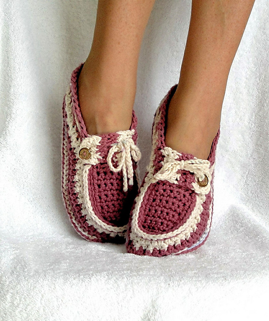Ravelry Adult Button Loafers Pattern By Genevive Hunter