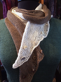 Double_b_scarf_small2