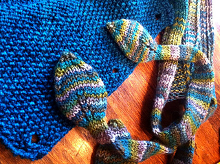 Ravelry Knitting Pattern Central : Ravelry: The Central Park Cowl pattern by Knitn from the ...