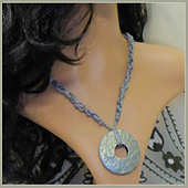 Chain-necklace_small_best_fit