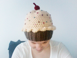 9d576b41dd9 Ravelry  CupCake Hat pattern by Teresa Richardson