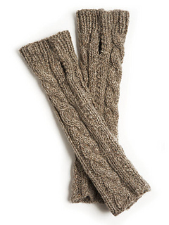 Cable_wristwarmer_gloves_knitting_pattern_small2