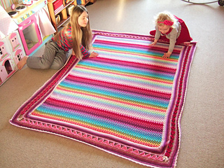 Granny_stripe_blanket_small2