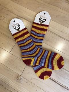 Ravelry Accio Wizard Socks Pattern By Louise Robert