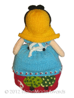 Knitting Pattern For Reversible Doll : Ravelry: Alice in Wonderland & the Queen of Hearts ...