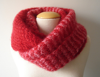 Infinity_scarf_2_small2