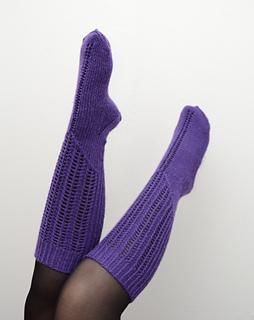 Violetkneehigs2_small2
