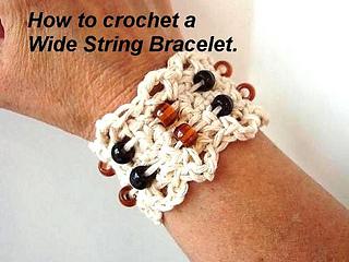 Copy_of_string_bracelet2_small2