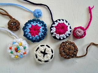 Crochet_buttons___main_photo_small2