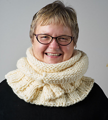 Shawl_and_scarves_7_small