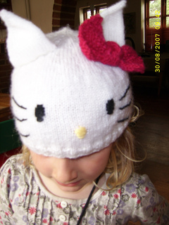 3b767de04 Ravelry: Hello Kitty-cat hat pattern by Helle Majlund