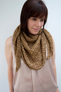 Candlelit_shawl_med_knitvent_2014_small2