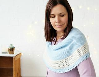 Winter_wonder_shawl_2_helen_stewart_small2