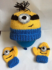 Minion_hat_and_mittens_small