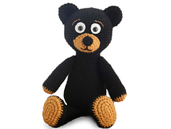 Amigurumi_black_bear_small