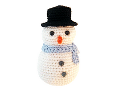 Amigurumi_snowman_ornament_small
