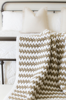 Simple-granny-stripe-afghan-w-1_small2