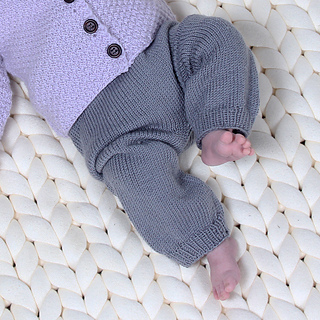 314a3ad659f7 Ravelry  Baby Trousers pattern by Hobbii Design